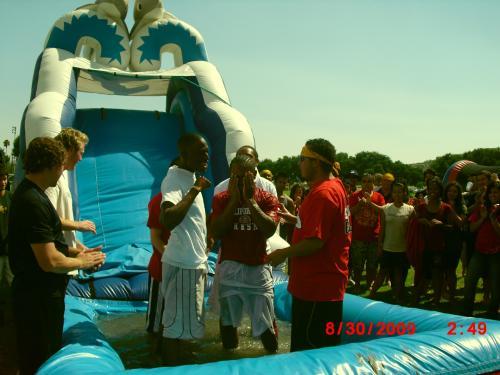 Первое крещение в городе Фресно