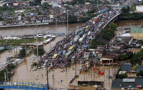 Новости из Манилы: Вера, несмотря ни на что