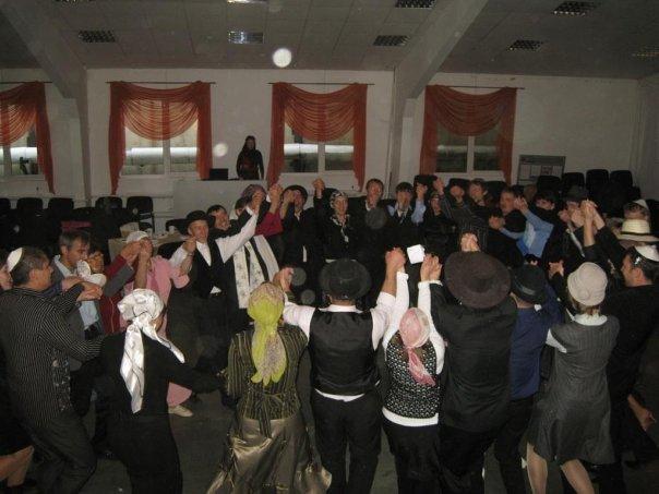 Новосибирская церковь организует христианский досуг семейным парам