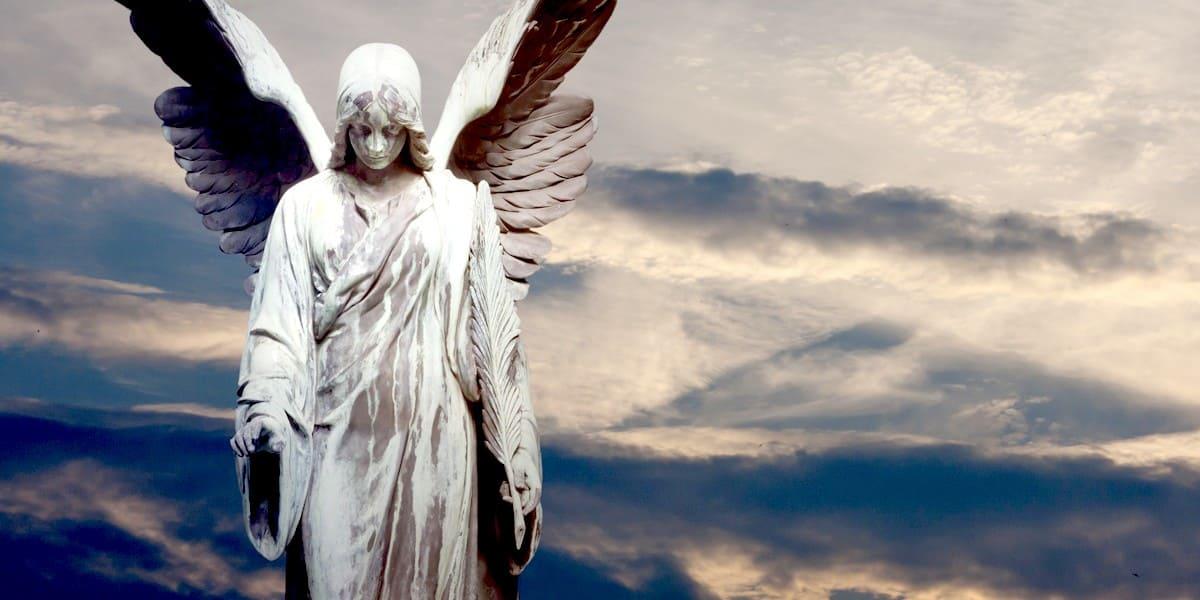 Какого пола или рода ангелы - мужского или женского?