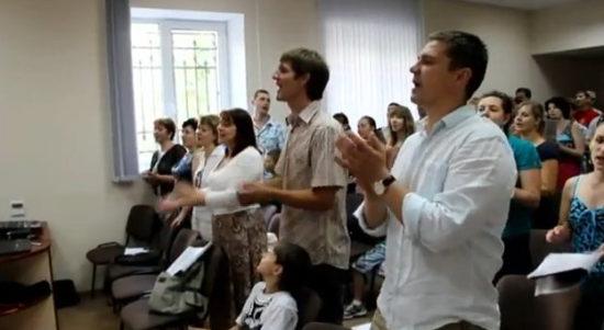 Христианская конференция в Волгограде в честь юбилея церкви