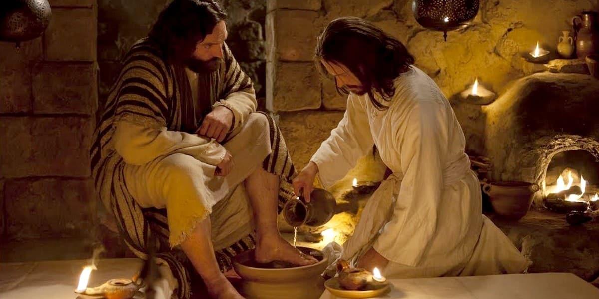 Мыть ноги друг другу - заповедь об омовении для всех христиан?
