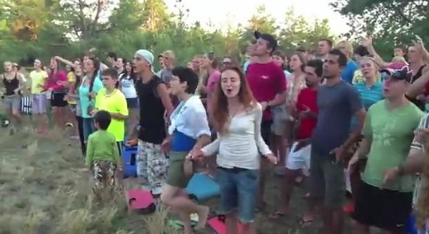 Видео-отчет христианского выезда на Остров Великий