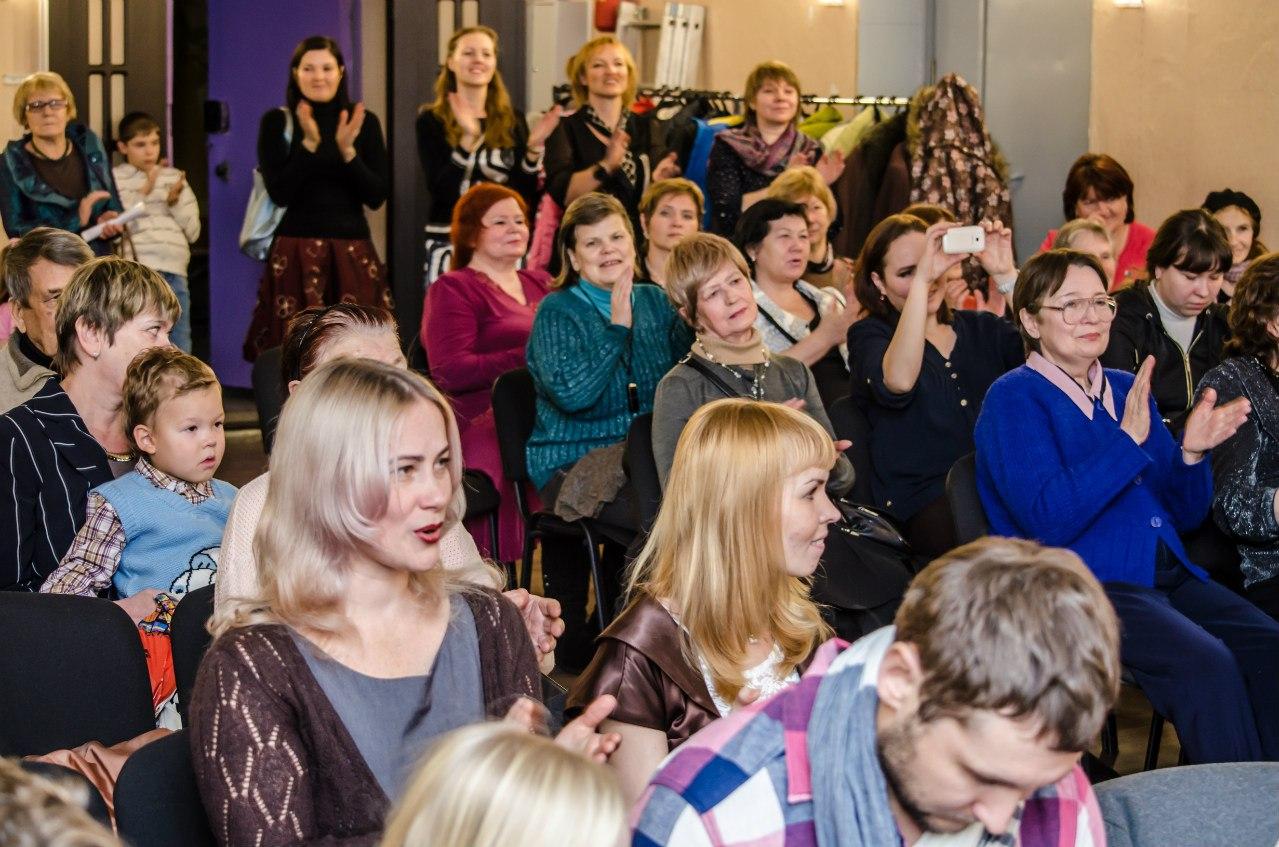 Христиане Екатеринбурга поздравили женщин с днем матери