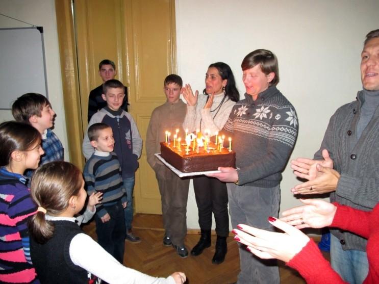 """Церковь в Тбилиси празднует """"день рождения """""""