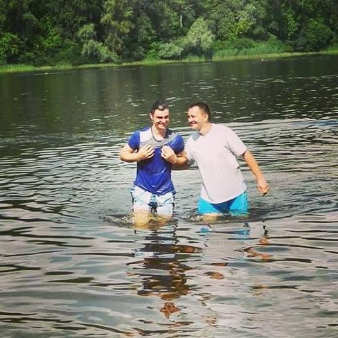 Церковь в Киеве празднует еще одно крещение