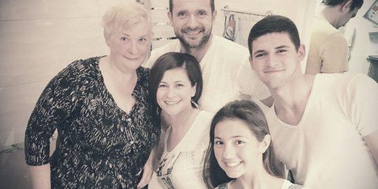 """""""Вера приходит к людям, если они слышат Благую Весть"""": история о крещении моей мамы"""
