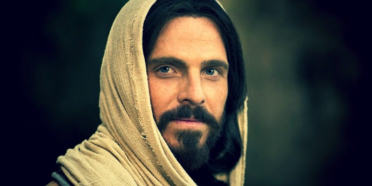 Пить кровь и есть тело Иисуса Христа (так говорит Библия)?