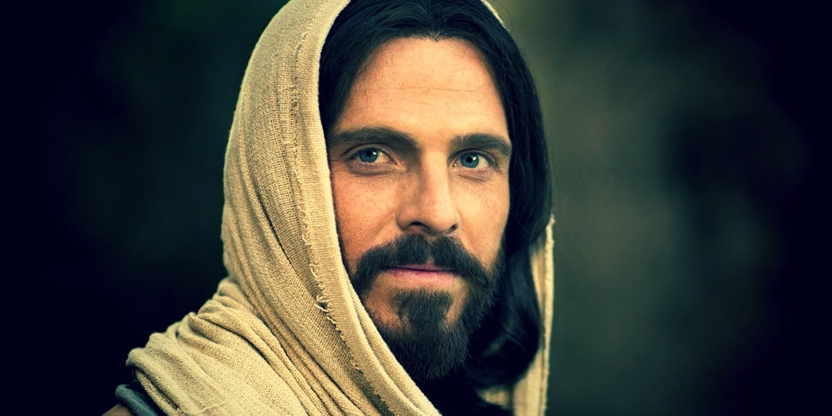 Когда распяли Иисуса Христа - в четверг или пятницу?