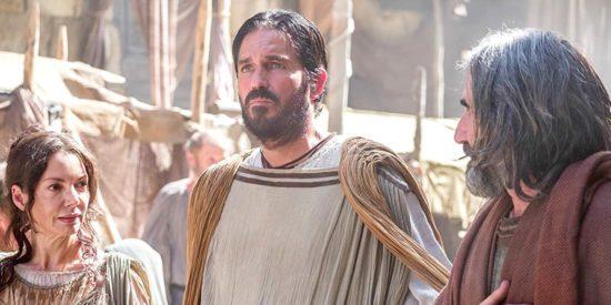 Почему апостол Павел благодарен Богу, что никого не крестил, кроме Криспа и Гайя?